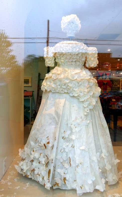Paper Dresses 002
