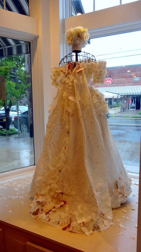 Paper Dresses 016