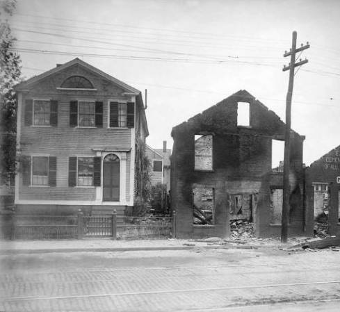 Anniversary Capricious Damage Walnut Street