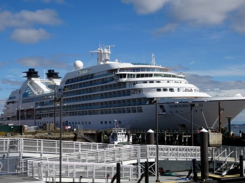 Ship 048