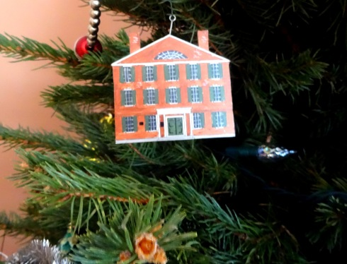 Christmas Hamilton Hall ornament 001
