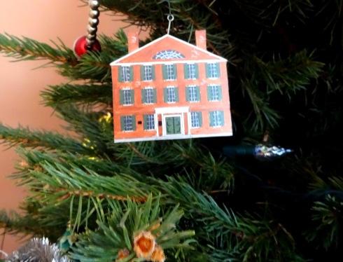 Christmas Hamilton Hall ornament 001