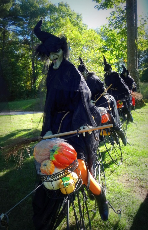 Witches on Bikes 007