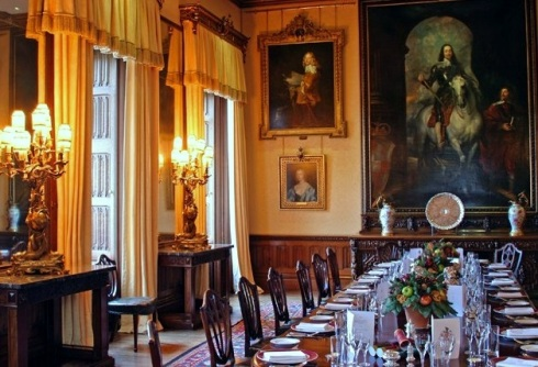 dining room highclere castle