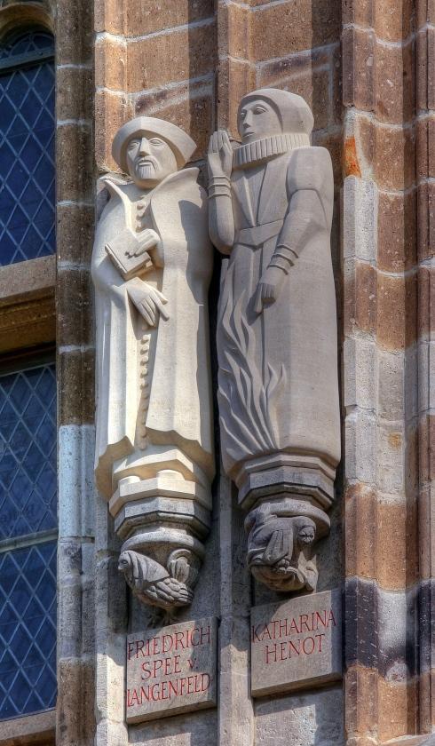 Rathausturm Koeln - Friedrich Spee von Langenfeld, Katharina Henot