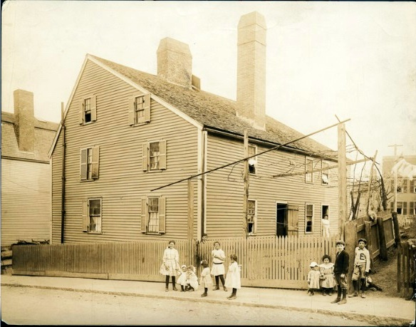 Gedney House 1912 Historic New England