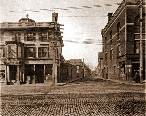 Salem 1912 Washington and Lynde Streets