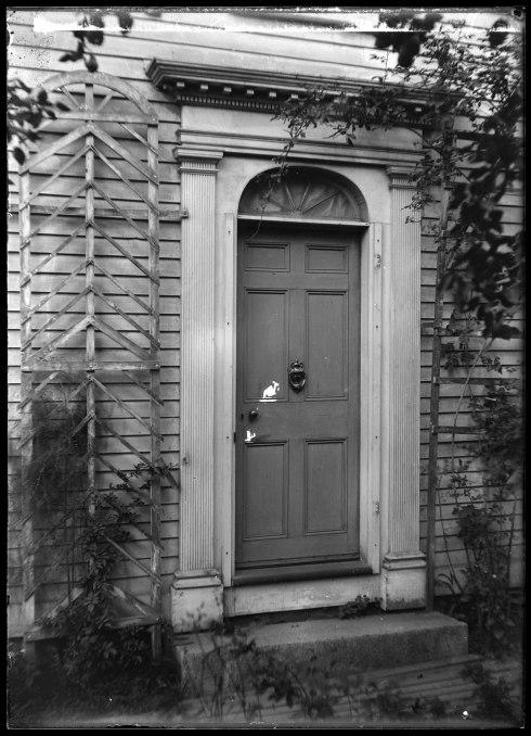 bracklow-door