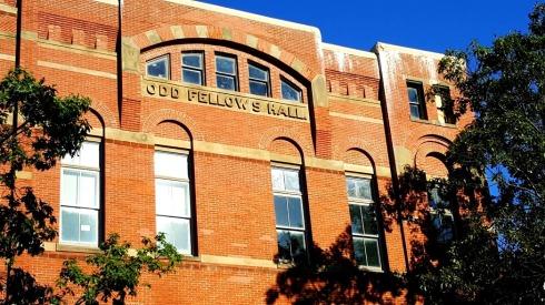 fall-oddfellows-hall-facade