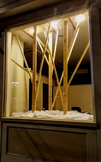 keeping-christmas-window