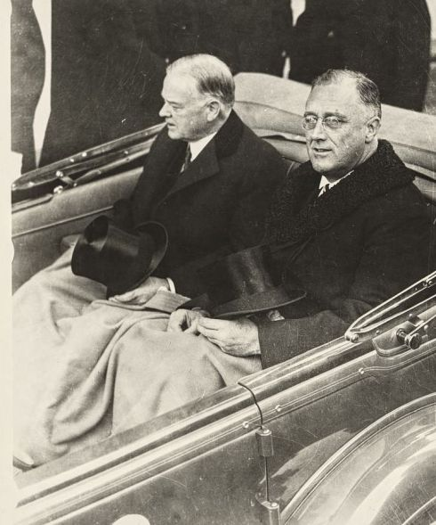 inauguration-hoover-and-roosevelt-1933