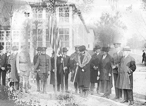 Tree Planting Mrs. Harding 1921