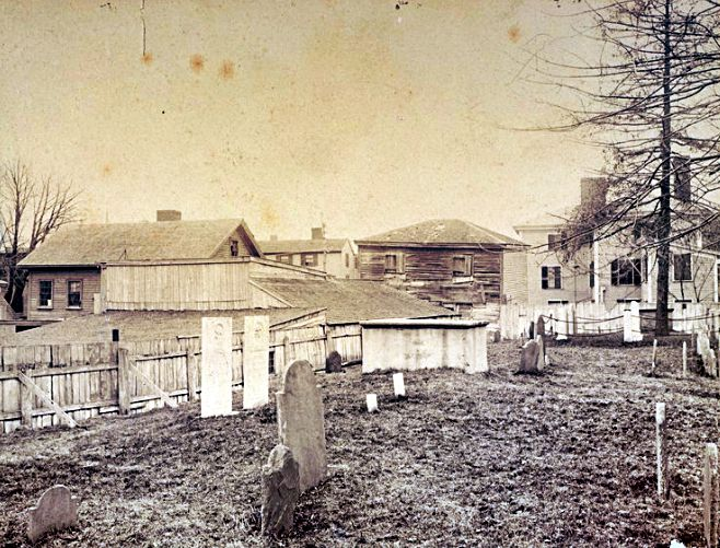 Bradstreet Tomb3