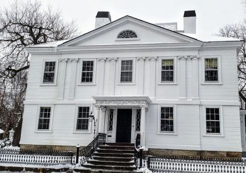 assembly house