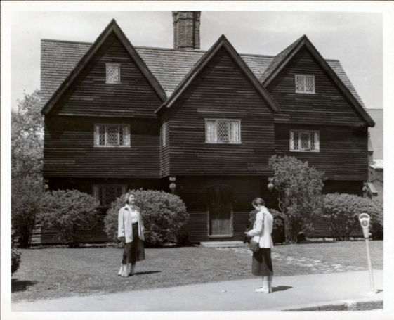Witch House 1940s